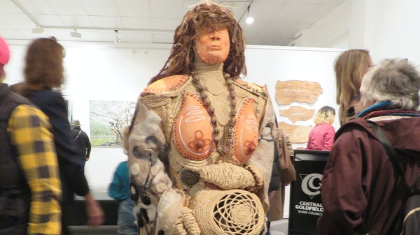 GOTAFE Aunty Girl Sculpture Features at New Exhibition
