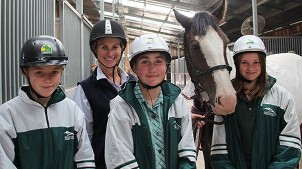Beechworth students tour GOTAFE's National Equine Centre