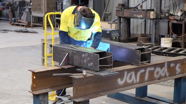 Regional construction company recognised at Victorian Training Awards