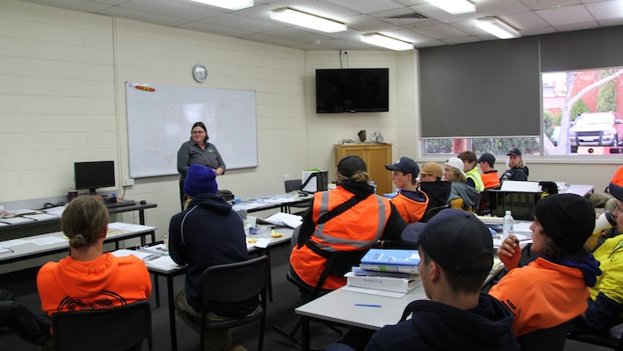 Kylie from the Taxshop talking to Wangaratta Plumbing Apprentices in class