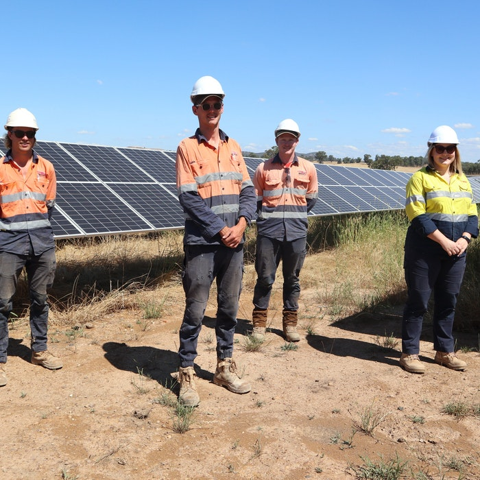 Winton Solar Farm Apprentices